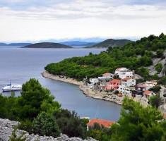 Uvala Muna na otoku Žirju