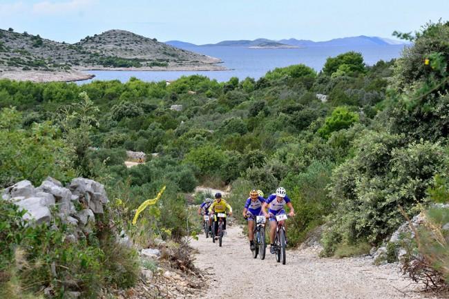 Biciklistička vožnja na otoku Žirju
