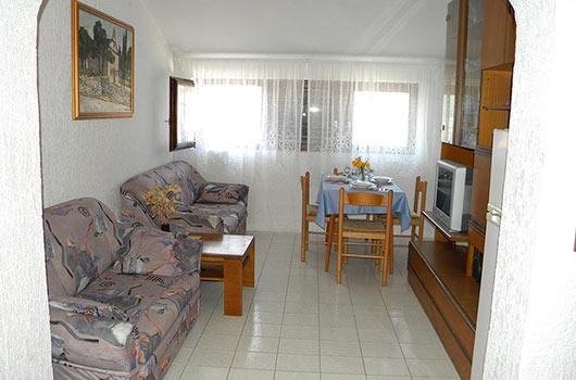 Terasa velikog apartmana na otoku Žirju