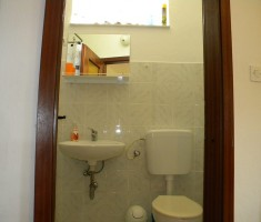 Wc studio apartmana
